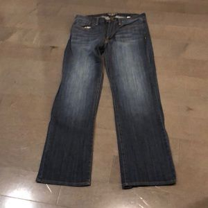 Lucky Brand 32/30 straight leg jeans barely worn